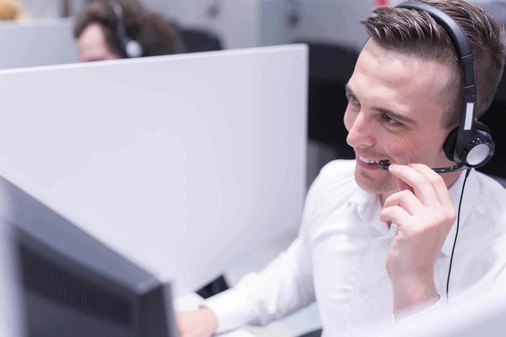 Como melhorar a experiência do cliente no contact center?