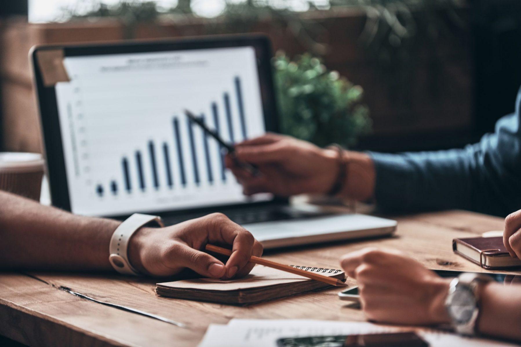 Como o Analytics e Big Data são relevantes na evolução dos negócios online?
